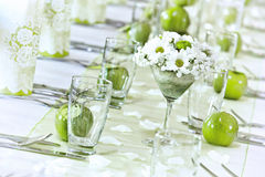 Gifta sig tabelldacoration arkivfoto