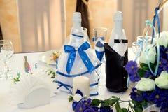 Gifta sig tabellgarneringchampagne royaltyfria bilder