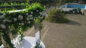 Gifta sig utomhus- ceremoni stock video