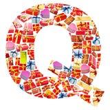 giftboxes помечают буквами сделанный q Стоковое Фото