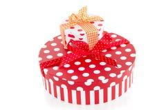 Giftboxes punteados coloridos Fotografía de archivo libre de regalías