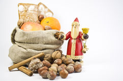 Giften op St. Nicholas Day Stock Foto's