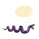 giftige Schlange der Karikatur mit Gedankenblase Stockfoto