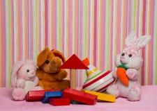 Giftspeelgoed voor verjaardag Stock Fotografie