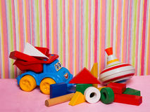 Giftspeelgoed voor verjaardag Stock Afbeeldingen