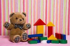 Giftspeelgoed voor verjaardag Stock Foto's