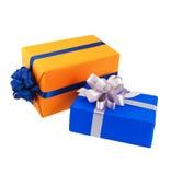 giftvakjes in kleurrijk document worden verpakt dat Royalty-vrije Stock Fotografie
