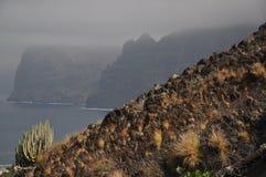 Gigant, Los Gigantes, skała, kołysa Fotografia Royalty Free