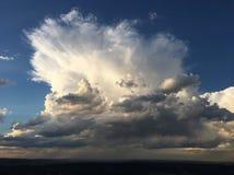 Gigant Raincloud zdjęcia stock