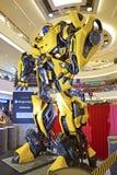 Giganta model Bumblebee od transformatorów fotografia royalty free