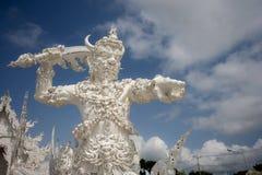 Gigante bianco a Wat Rong Khun Immagini Stock Libere da Diritti