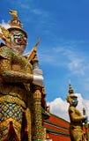 Gigante em Wat Phrakaew em Tailândia Foto de Stock