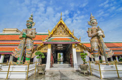 Gigante en el templo de Wat Phra Kaew, Bangkok, Tailandia Foto de archivo