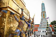 Gigante en Wat Phra Kaeo, el palacio magnífico real - Bangkok, Thaila Fotos de archivo libres de regalías