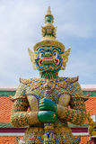 Gigante no templo de Emerald Buddha ou do WAT PHRA KAEW de Fotos de Stock Royalty Free