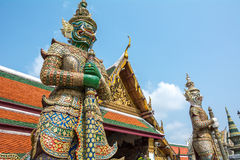 Gigante in Wat Phra Kaew, tempio di Bangkok Tailandia 3 Immagine Stock