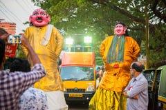 Gigantes cor-de-rosa da cara no festival de Mullakkal Chirappu Imagem de Stock