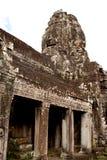 Gigantische Gesichts-Statuen am Khmer-Tempel Lizenzfreies Stockbild