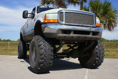 gigantisk lastbil Arkivbild