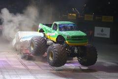 Gigantiska varma hjul Royaltyfria Bilder