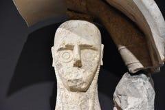 Giganty Mont ` e Prama są antycznymi kamiennymi rzeźbami tworzącymi Nuragic cywilizacją Sardinia, Włochy Obrazy Stock