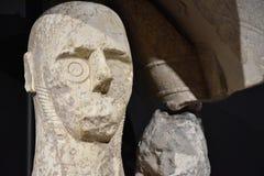 Giganty Mont ` e Prama są antycznymi kamiennymi rzeźbami tworzącymi Nuragic cywilizacją Sardinia, Włochy Zdjęcia Royalty Free