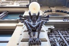 Gigantyczna gargulec lampa Zdjęcie Royalty Free