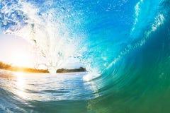 Gigantyczna ocean fala Zdjęcia Royalty Free