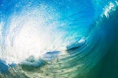 Gigantyczna ocean fala tubka Zdjęcia Stock