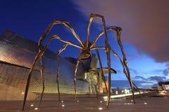 Gigantyczna pająk rzeźba przy Guggenheim muzeum Obrazy Royalty Free