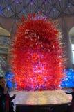 Gigantyczna szklana dekoracja przy Chimelong Hengqin zatoki Zhuhai chimelong oceanu Hotelowym królestwem obraz stock