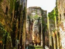 Gigantyczna trwanie Buddha statua w Polonnaruwa, Sri Lanka obraz stock