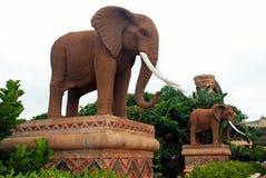 Gigantyczne statuy słonie w Przegranym CitySouth Afryka Zdjęcia Royalty Free
