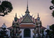 Gigantyczni demony chroni wyjście w WatArun, Bangkok Obraz Royalty Free