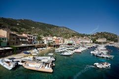 Giglio-Inselhafen Stockfoto
