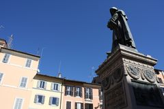 Giiordano Bruno Statue Campo DE ` Fiori Rome Italië Bruno was gebrand afvallig op het spel staand in Campo DE ` Fiori Standbeeld  royalty-vrije stock foto