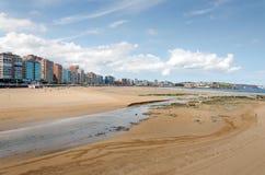 Gijón. Marea baja Fotos de archivo libres de regalías