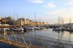 Gijon小游艇船坞在北部西班牙 免版税库存图片