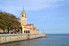 圣佩德罗火山教会在Gijon,西班牙 免版税库存图片