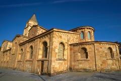 Gijon San Pedro kyrka Asturias Spanien fotografering för bildbyråer