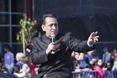 Gil Cedillo, Ehrenstuhl, 115. goldenes Dragon Parade, Chinesisches Neujahrsfest, 2014, Jahr des Pferds, Los Angeles, Kalifornien, Stockfotos