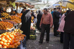 Gilanprovincie Rasht 19 Iran-Maart, 2016 - Dagelijkse Bazaar in Midn Stock Fotografie