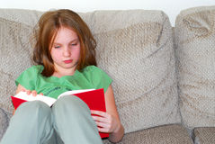 Gild child read Royalty Free Stock Photography