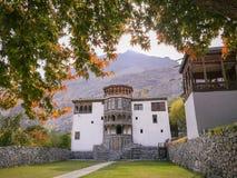 Gilgit-Baltistan, Pakistan 24. Oktober 2017: Khaplu-Palast im Herbst lizenzfreie stockfotos