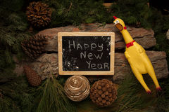 Gillende hanen als symbool van het nieuwe jaar van 2017 Stock Fotografie