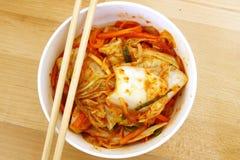 Gimchi που γίνεται κορεατικό από το λαχανικό μιγμάτων στοκ εικόνες