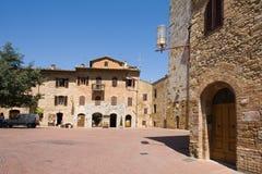 gimignano圣方形城镇 免版税图库摄影
