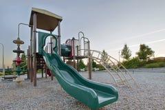 Gimnasia de ChildrenPlayground del parque público de la vecindad foto de archivo libre de regalías