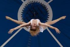 Gimnasta del aire del circo Imagenes de archivo