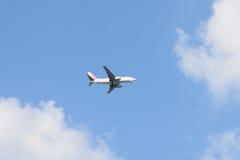 GIMPO, COREIA - 13 DE SETEMBRO DE 2014: Avião do ar de EASTAR perto de t Imagens de Stock Royalty Free